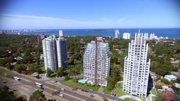 Foto Edificio en Punta del Este Avenida Roosevelt y Antonio Méndez - Punta del Este número 2