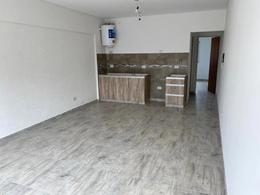 Foto Edificio en Moron Sarmiento 264 número 4