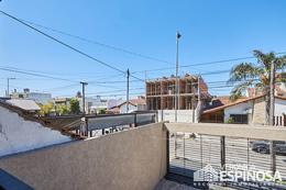 Foto Edificio en Moron Sarratea 70 número 28
