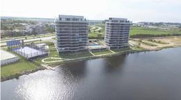 Foto Edificio en Parque Carrasco Apartamentos Premium con vista al Lago número 2