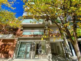 Foto Edificio en Macrocentro Montevideo 2500 número 1