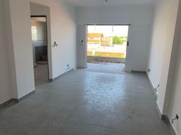 Foto Edificio en Liniers Murguiondo al 1000 número 2