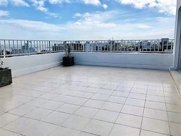 Foto Edificio en Punta Carretas 21 de Setiembre y Echeverria. número 3
