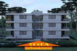 Foto Edificio en Duplex Centauro E/Palometa y Besugo número 3