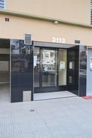 Foto Edificio en Flores Av. Directorio entre Portela y José Martí numero 3