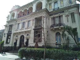 Foto Edificio en Centro (Montevideo) KILÓMETRO CERO Frente a Plaza Libertad número 3