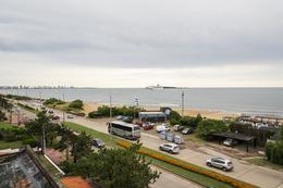 Foto Edificio en Playa Mansa Uruguay Link número 2