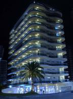 Foto Edificio en Playa Mansa Avda Chiverta número 6