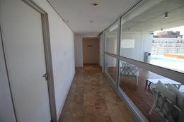 Foto Edificio en Olivos Av.Libertador esq Corrientes número 3