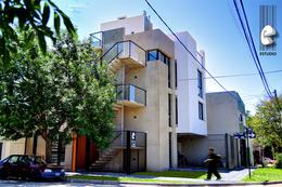 Foto Edificio en Santa Fe Laprida esquina Pasaje Fraga número 11