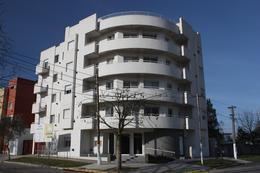 Foto Edificio en Belen De Escobar Sarmiento y Los Lazaristas número 1