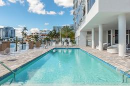 Foto Condominio en Broward 321 At Water's Edge Fort Lauderdale, Florida, USA  número 4