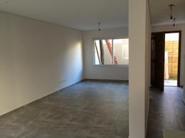 Foto Condominio en Lomas de Zamora Oeste Casas de Alvear - Alvear 430 numero 7