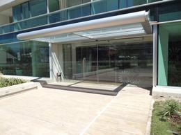 Foto Edificio en Playa Brava             Avda. Roosvelt y Avda. Pedragosa Sierra           número 7