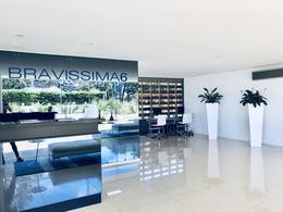 Foto Edificio en Playa Brava BRAVA número 7