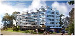 Foto Edificio en Playa Mansa Tiziano número 1