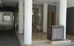 Foto Edificio en Martin 1 de Mayo 1100 número 2