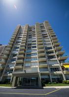 Foto Edificio en Playa Mansa Parada 3 de playa mansa número 1