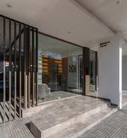 Foto Edificio en Plaza Mitre HIPOLITO YRIGOYEN 2500 número 27