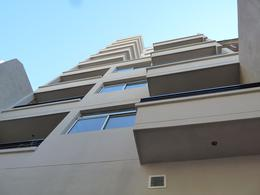 Foto Edificio en Caballito Norte Avellaneda 1000 número 1