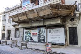 Foto Edificio en Caballito Norte Bogotá entre Dr. Eleodoro Lobos y Campichuelo numero 13