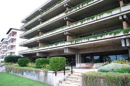 Foto Edificio en Playa Brava Uruguay Link número 1