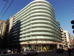 Foto Edificio en Barrio Norte AV. SANTA FE Y AGUERO  numero 1