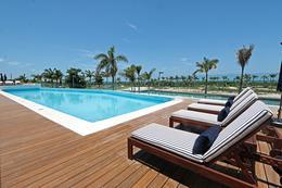 """Foto Edificio en Cancún Centro ALLURE Osean Front Luxury Condos """"Vive en la playa y en la ciudad""""  número 4"""