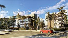 Foto Edificio en Playa Mansa Playa Mansa número 5