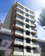 Foto Edificio en Caballito Norte Bogotá entre Dr. Eleodoro Lobos y Campichuelo numero 1