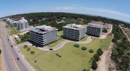 Foto Edificio en Playa Brava Parada 30 número 1