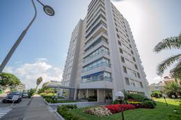 Foto Edificio en Península Calle 29 entre 20 y 18 número 1