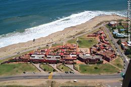 Foto Edificio en Manantiales Uruguay Link  número 6
