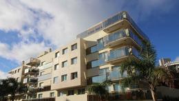 Foto Edificio en Aidy Grill Leyenda Patria y Biarritz número 1