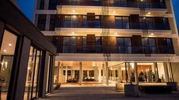 Foto Edificio en La Perla Norte FRENCH 3800 número 10