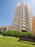 Foto Edificio en Playa Mansa Playa Mansa  número 8