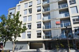 Foto Edificio en La Blanqueada L.A. de Herrera esq. Canstatt número 2