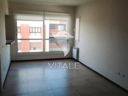 Foto Edificio en Chauvin Arenales 3200 número 3