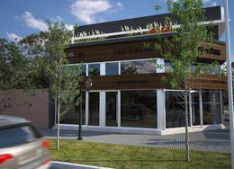 Foto Edificio de oficinas en Ituzaingó Ratti al 700 esq. Trole número 4