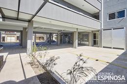 Foto Edificio en Moron Mariano Moreno 900 número 5