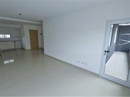 Foto Edificio en S.Martin(Ctro) Rivadavia 3200 número 2