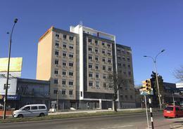 Foto Edificio en La Blanqueada Torre Modelo, sobre Bvar Batlle y Ordóñez número 1