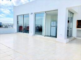 Foto Edificio en Punta Carretas 21 de Setiembre y Echeverria. número 5