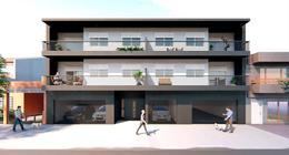 Foto Edificio en Monte Castro Cervantes al 2000 número 1