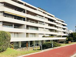 Foto Edificio en Península Península número 1