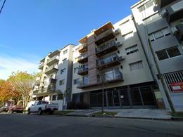 Foto Edificio en Tigre Saenz Peña 930 número 1