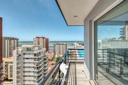 Foto Edificio en Playa Grande Matheu 100 número 2