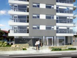 Foto Edificio en La Perla Norte Falkner y La Costa número 4
