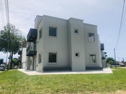 Foto Edificio en Mar De Ajo Francisco de Las Carreras y Diagonal Independencia número 10