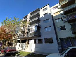 Foto Edificio en Tigre Saenz Peña 930 número 2